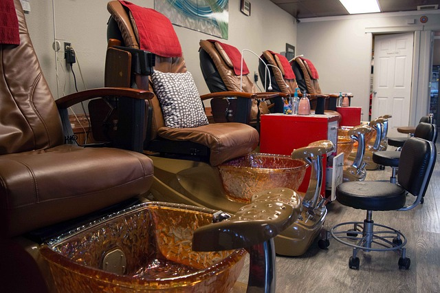 Why do Podiatrists still hate on Nail Salons?