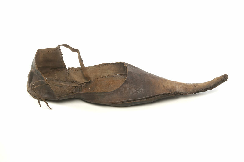 Did Medieval Shoes cause the rise in Bunions?