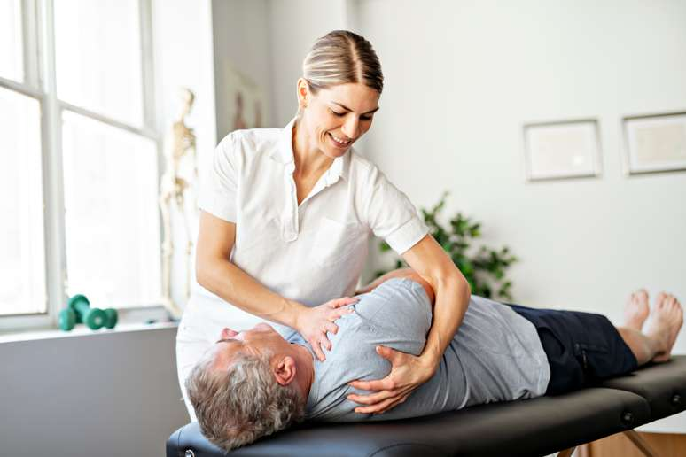 Podiatrists breaking into the Chiropractor market